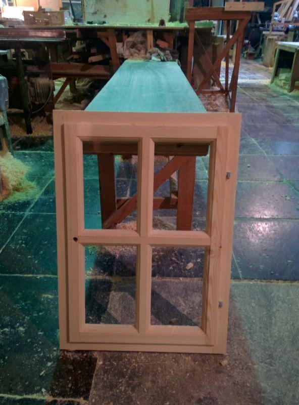Деревянные окна для веранды 90 х 60