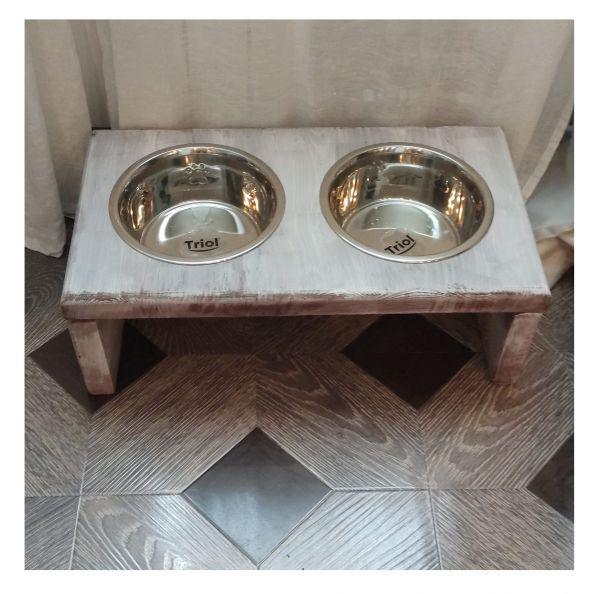 Кормушка для собак деревянная